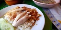 Dae-Ngeab Hainanese Chicken Rice (ร้านข้าวมันไก่ลูกชายแดเหงียบ)