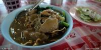 Khun Jeed Restaurant (คุณจี๊ดราดหน้ายอดผัก)